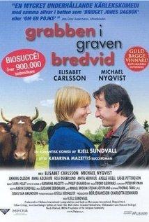 Grabben i graven bredvid (2002) cover