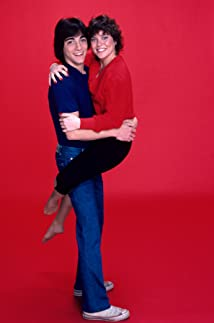 Joanie Loves Chachi 1982 poster