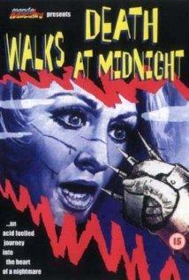 La morte accarezza a mezzanotte (1972) cover
